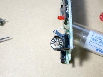 ロータリーエンコーダーの接点を磨いた後