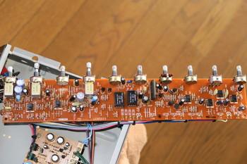 ヤマハF50-112のメイン基板