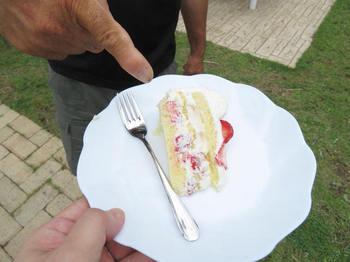 お裾分けのケーキ