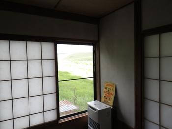 宿の部屋から眺める