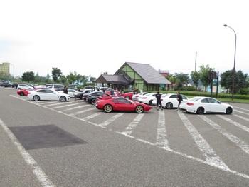 新井PAに集まった参加車両