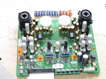 電解コンデンサを交換した基板