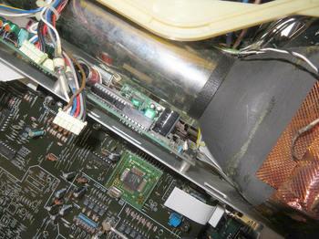 メモリー基板にはリチウム電池が
