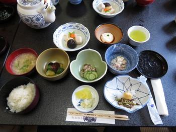 橋本屋で昼食