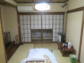 美義屋の和室