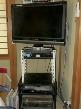 テレビ台を入れ替えたところ