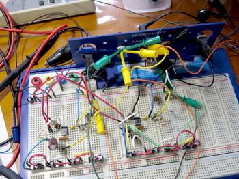 LM386データシートと同じ回路を試作