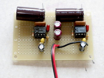 ゆったりとした部品配置のLM386革命アンプ